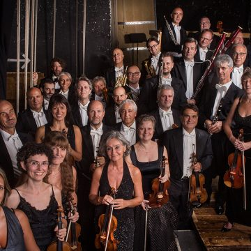 """L'Orchestra della Toscana al Teatro del Maggio  tra musica """"pura"""" e musica composta per il cinema e il teatro"""