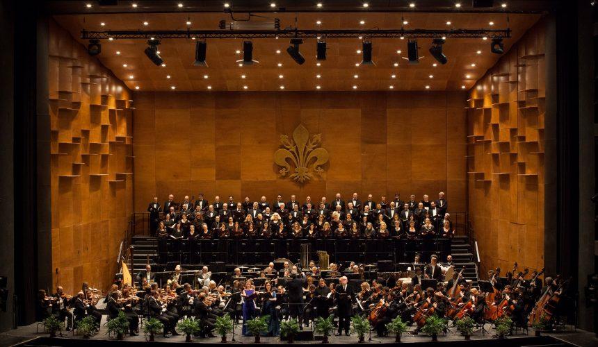 Tutti all'opera e tutti all'opera in piazza per il Musart Festival, il concerto di saluto estivo dell'Orchestra del Maggio