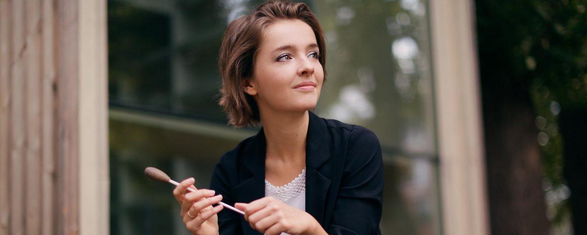 L'8 marzo al Teatro del Maggio: per la Festa della donna sul podio la giovane direttrice Anna Rakitina