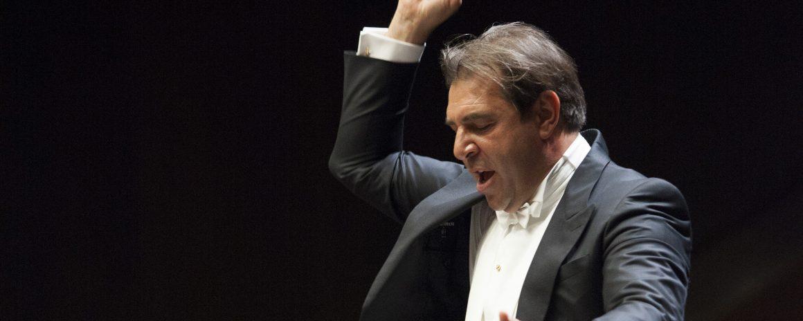 """Il maestro Daniele Gatti dirige la """"Tragica"""" di Gustav Mahler al Teatro del Maggio"""