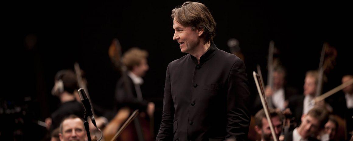 30 e 31 dicembre al Teatro del Maggio: doppio concerto di Esa-Pekka Salonen (con brindisi)
