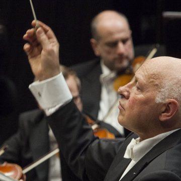 """Il weekend al Teatro del Maggio – Dal concerto di Wolfram Christ all'ultima recita di """"Straniera"""" fino al concerto per fortepiano e alla riduzione del """"Don Giovanni"""" per i più piccini"""