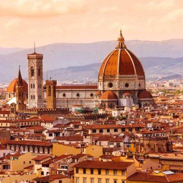 Tre concerti del Maggio Musicale Fiorentino: alla Limonaia di Villa Strozzi, nel Chiostro Grande di Santa Maria Novella, alle Murate.  In collaborazione con il Comune di Firenze.