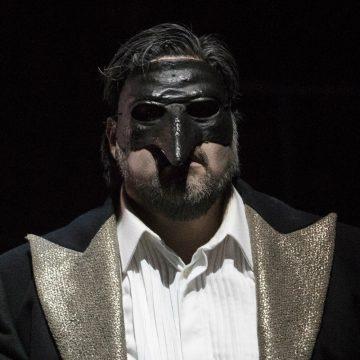 La trilogia verdiana, importante impegno produttivo del Maggio,prosegue con la seconda opera in programma: da sabato 15 alle ore 20, Rigoletto