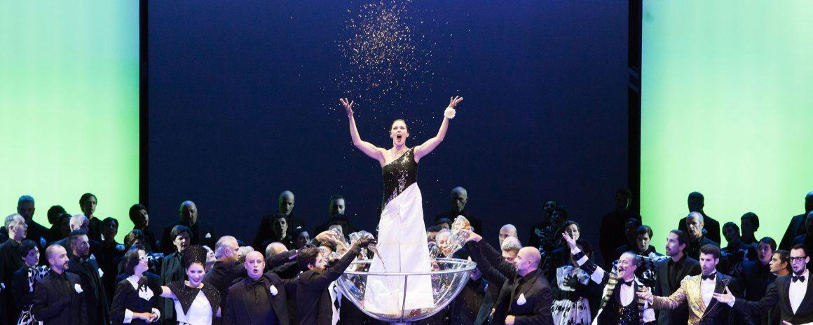 """""""La traviata"""" di domenica 9 dicembre offerta a 10 euro a posto  e una giornata di visite guidate per festeggiare i 90 anni dell'Orchestra del Maggio"""