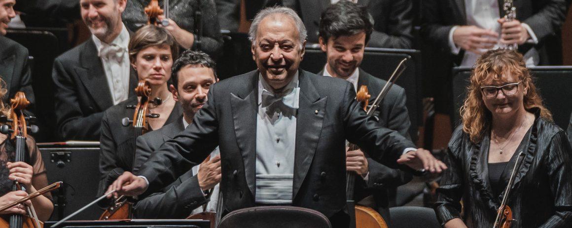 Zubin Mehta torna a dirigere l'Orchestra del Maggio Musicale Fiorentino. Con lui il pianista Rudolf Buchbinder.