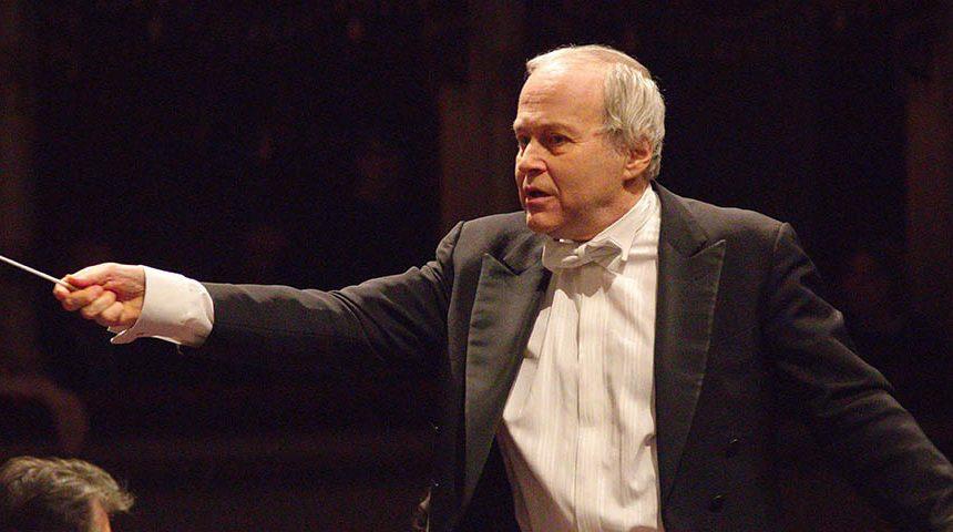 Il concerto sinfonico del 3 dicembre al Maggio. Ádám Fischer in un programma di musica sacra mozartiana