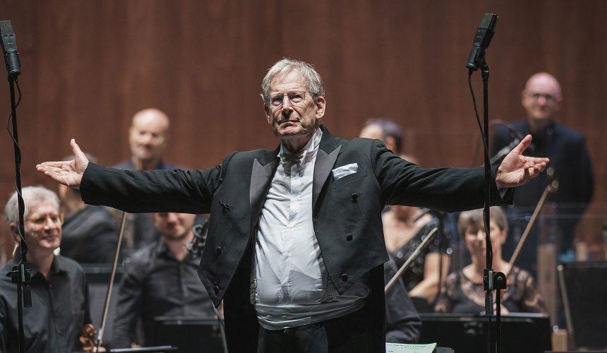 Ilmaestro John Eliot Gardiner torna sul podio del Maggio per un concerto 'fuori programma'